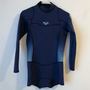 df9f25f2cf Roxy long sleeve wetsuit size 10 Patagonia jacket ...